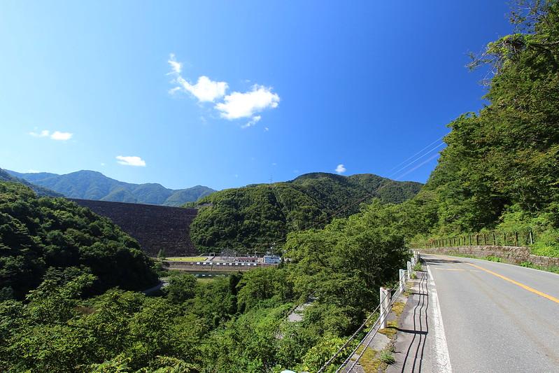 福井へ向かう道