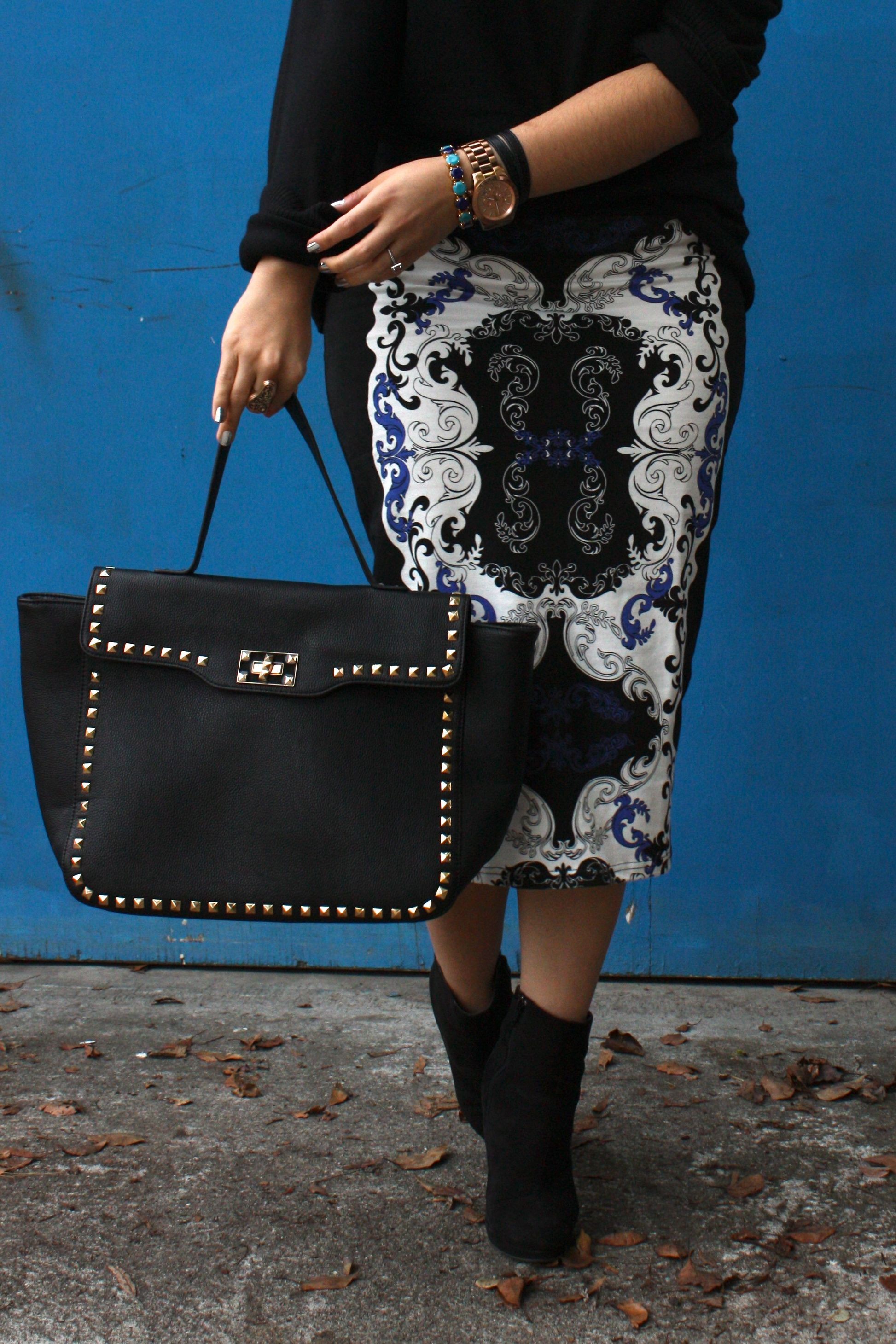 black white and blue mirrored pencil skirt with studded sweater and tote5