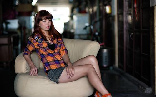 [フリー画像素材] 人物, 女性 - アジア, 台湾人, 女性 - 座る ID:201303041800
