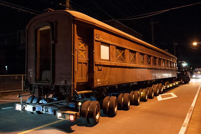 旧型客車 オハ35 2001 陸送