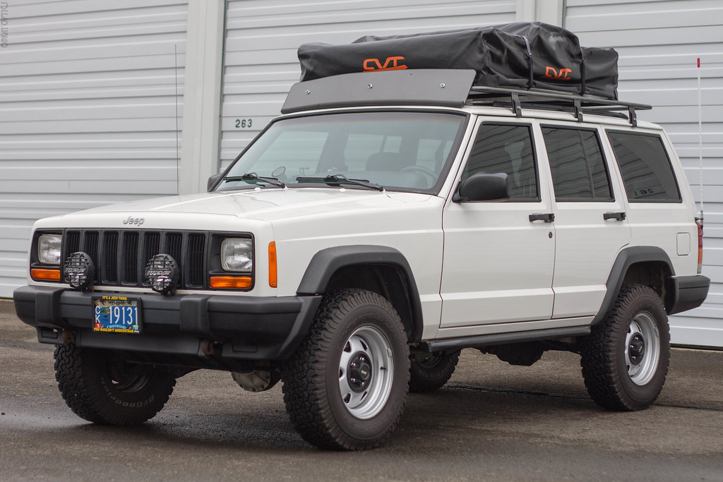 Update The CVT Mt. Bachelor Roof Top Tent is back up for sale. Attached to the RTT is a custom full size roof rack as seen in this picture. u002799 Jeep XJ ... & Cascadia Vehicle Tents (CVT) Mt. Bachelor Roof Top Tent (RTT ...