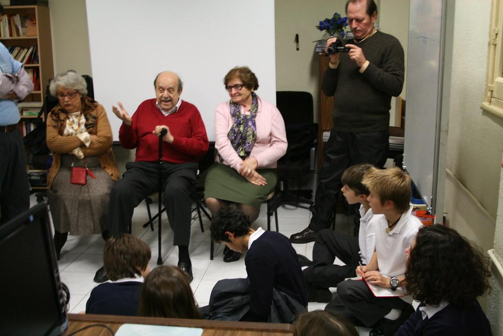 Niños científicos de 10 a 13 años interesados por la innovación y la Tecnología :)