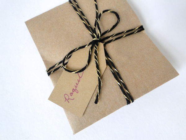 DIY Gift Wrap Envelope 8