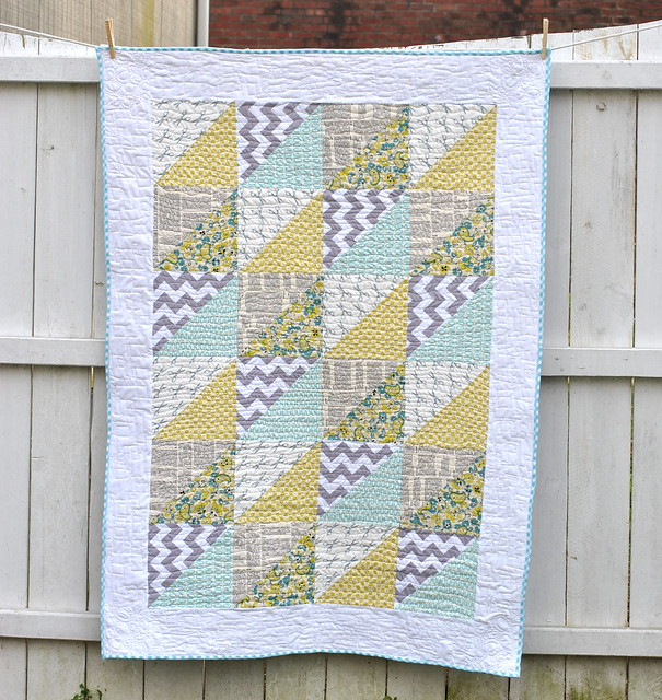 Quick Triangles Baby Quilt - Free Pattern