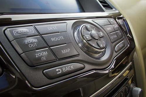 2013 NISSAN PATHFINDER INTERIOR PICTURES . 2014 nissan pathfinder interior  photo gallery