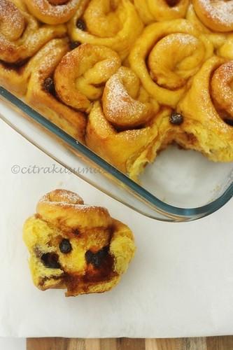 Roti gulung Labu Kuning isi coklat
