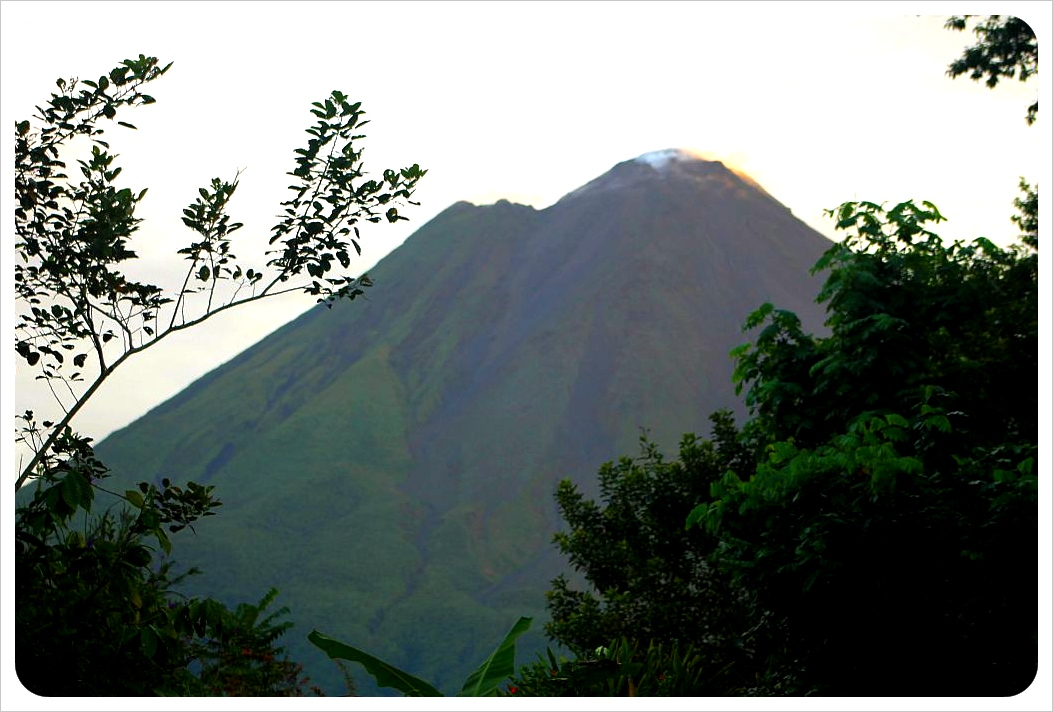 volcano arenal from mountain paradise hotel