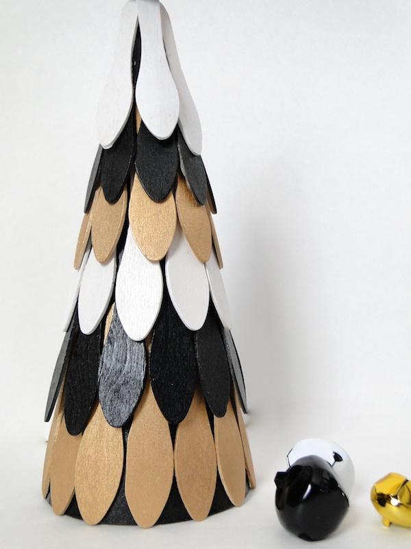 Modern Xmas Mini Tree 051