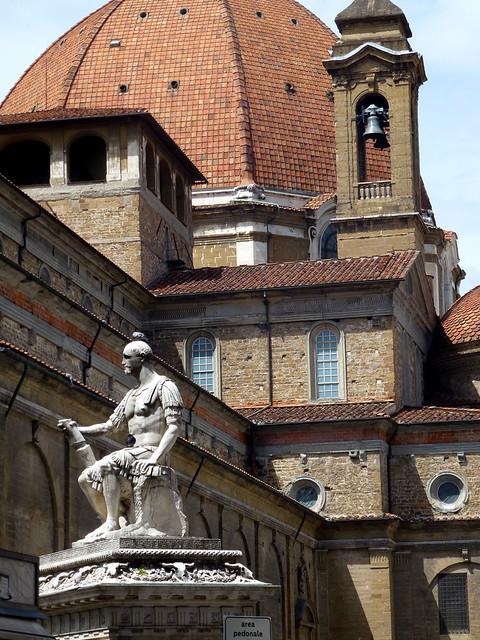 Florence - jour 2 - 008 - Giovanni dalle Bande Nere par Baccio Bandinelli