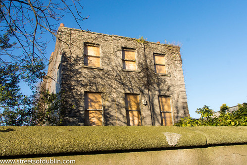 Stonevilla, 297 North Circular Road, Phibsboro, Dublin 7 (Photographed 27-11-2012) by infomatique