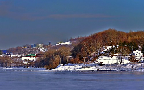 winter snow ice snowy icy connecticutriver frozenriver wintersunshine supershots middletownconnecticut