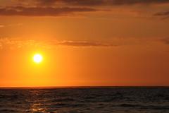Waves Sunset Cruise C056
