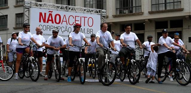 Bicicletada Não aceito corrupção