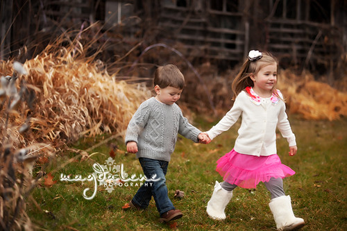 Artistic Green Bay Outdoor Family Pictures
