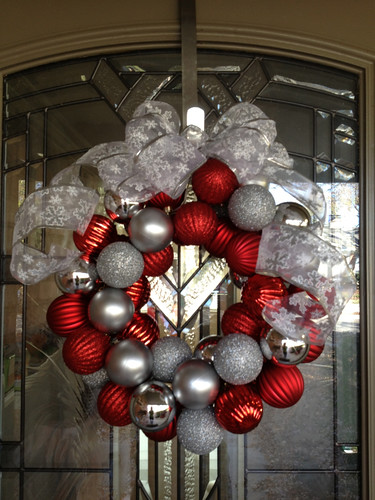 Pinterest Christmas ornament wreath