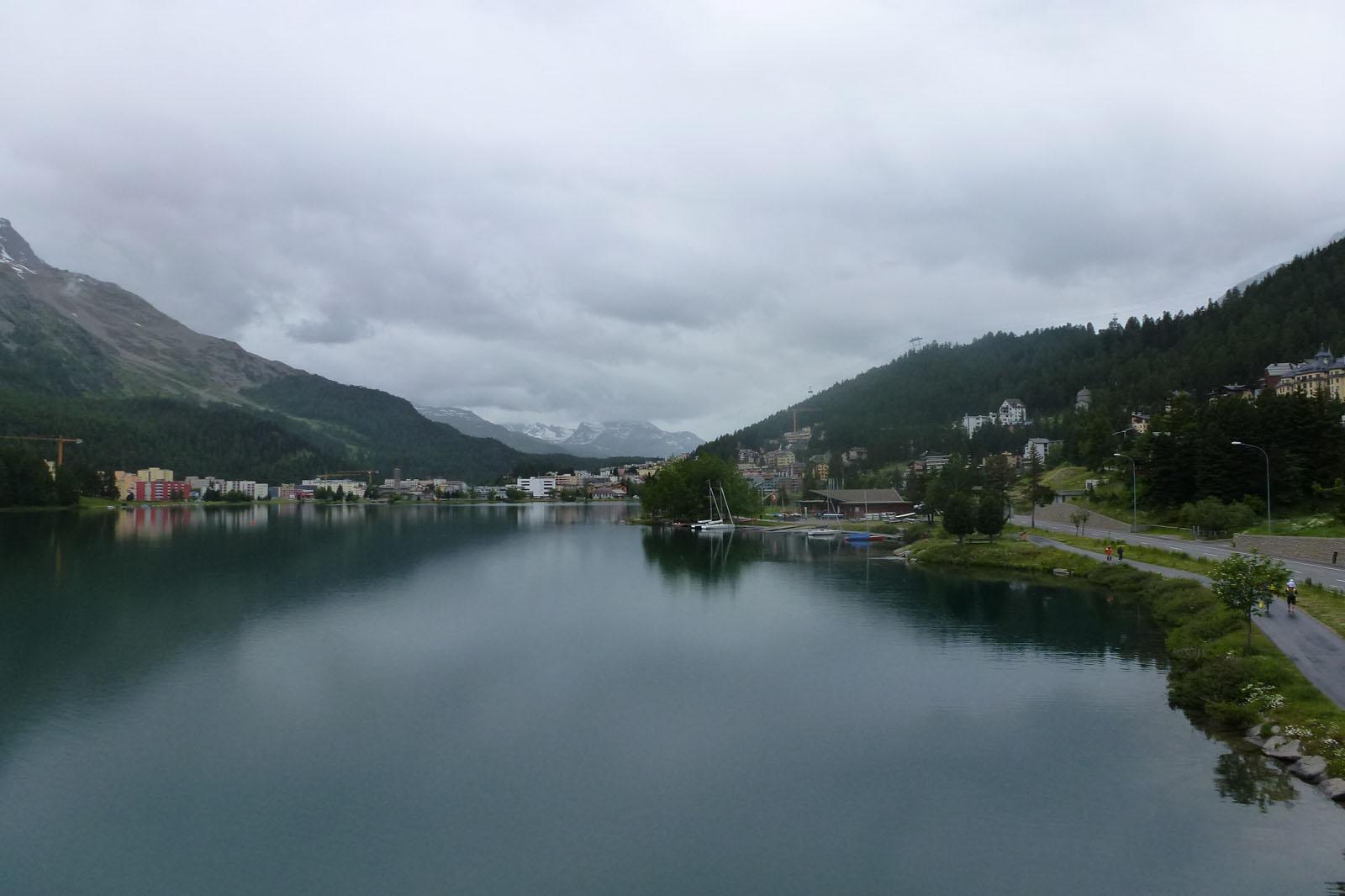 Vistas del lago de St. Moritz