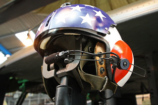 US Flag Helmet On G-UHIH