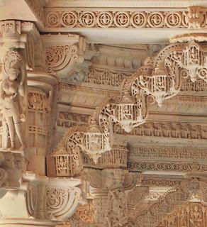 04 Vimala Vasahi Temple