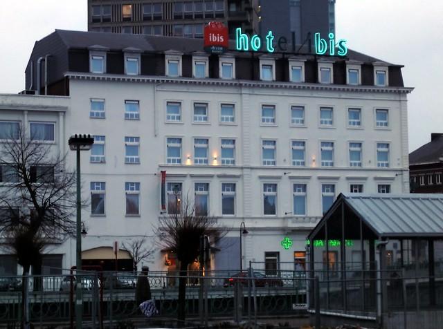 Ibis Charleroi – para quem vai pegar um voo low cost na Bélgica