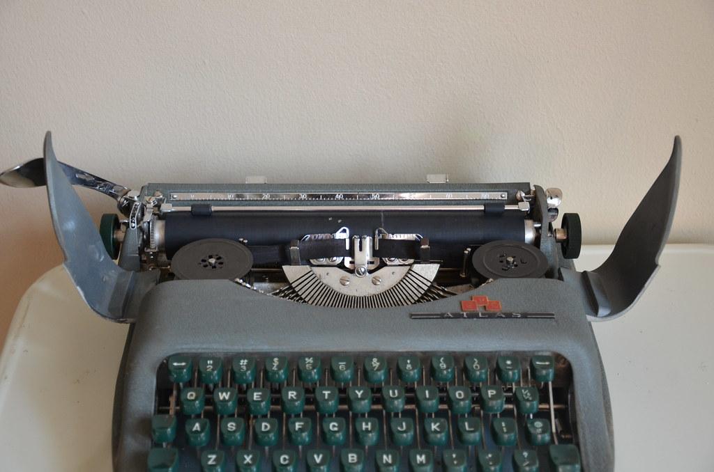 C L D  Atlas Vintage Typewriter | Natalie Pereira | Flickr