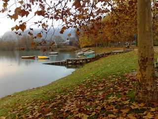 05 Boats in Autumn
