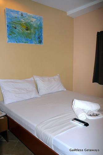 single-bedroom-gran-prix-hotel.jpg
