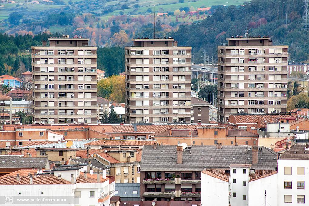 Torrelavega a vista de pájaro - Las Torres de Carabaza