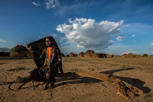 portrait of a girl tribe Erbore by anthony pappone photographer