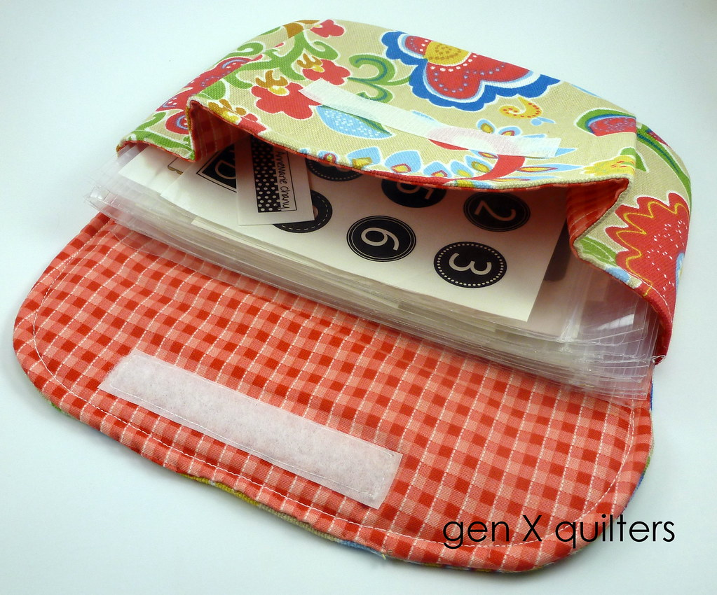 pleated pouch large by gen X quilters