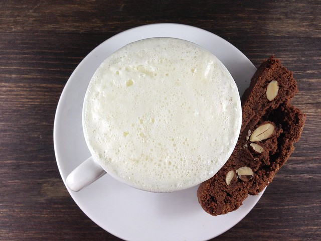 white hot chocolate, chocolate almond biscotti