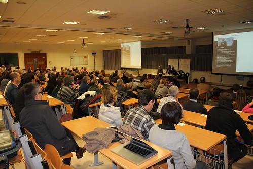 Más de 200 personas asistieron a 'Arizmendi Topaketak 2012'