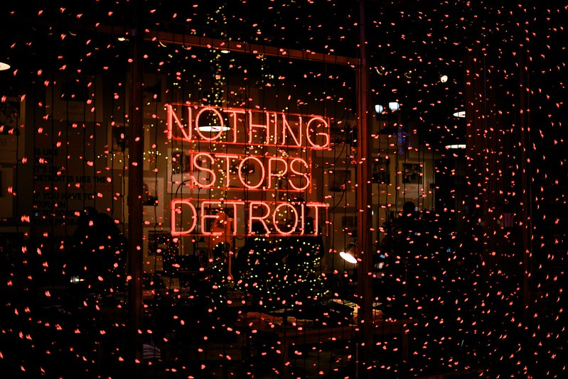 Holiday D Light-Detroit, MI