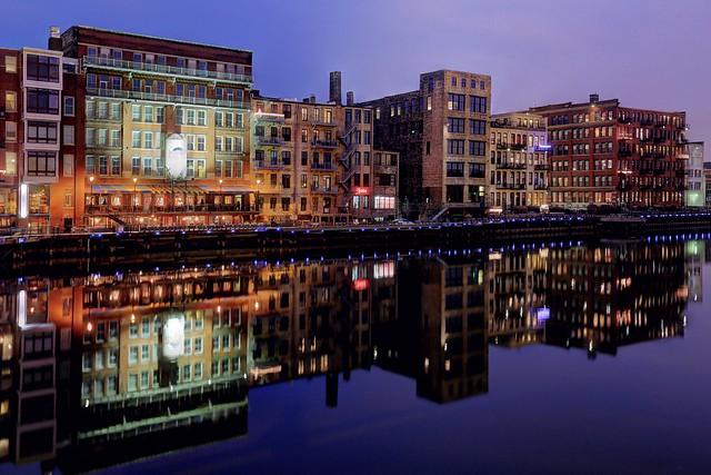 Along the River, Third Ward, Autumn Twilight