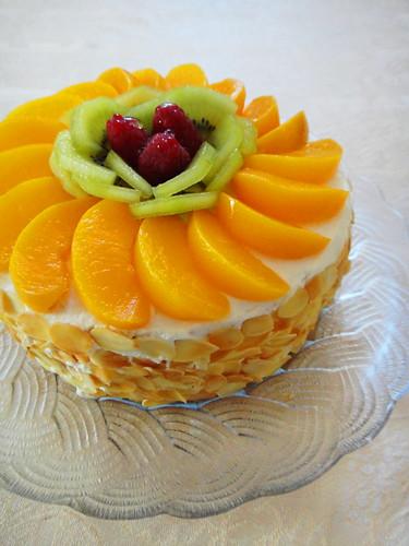 G noise aux fruits heaven on a spoon - Decoration gateau genoise ...