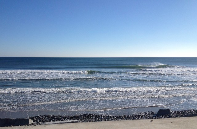 50 degrees, sunny, offshore, gusty, empty, FUN!