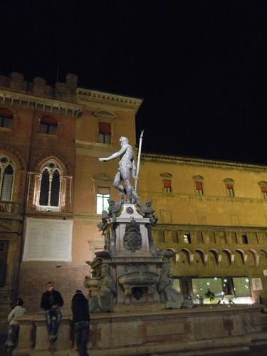 DSCN3536 _ Fontana del Nettuno, Piazza del Nettuno, Bologna, 16 October