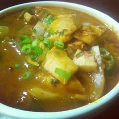 noodle soup(0.0), sundubu jjigae(0.0), produce(0.0), gulai(0.0), stew(1.0), curry(1.0), kimchi jjigae(1.0), soto ayam(1.0), butajiru(1.0), food(1.0), dish(1.0), soup(1.0), cuisine(1.0),