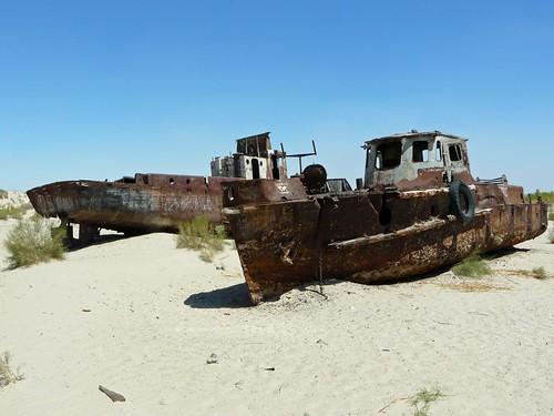 Barcos varados en el Mar de Aral