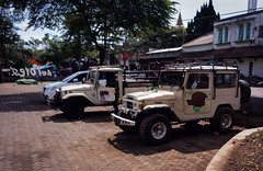 Jeeps parked at Tumpang basecamp