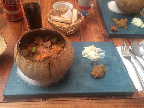 San Pedro de Atacama: poulet au curry et nouilles de riz. Un délice !