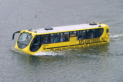 Rotterdam's nautical tour bus