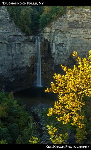 newyork waterfall taughannockfalls