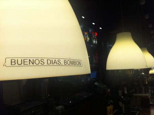 KAZETA cafe en Bilbao by LaVisitaComunicacion