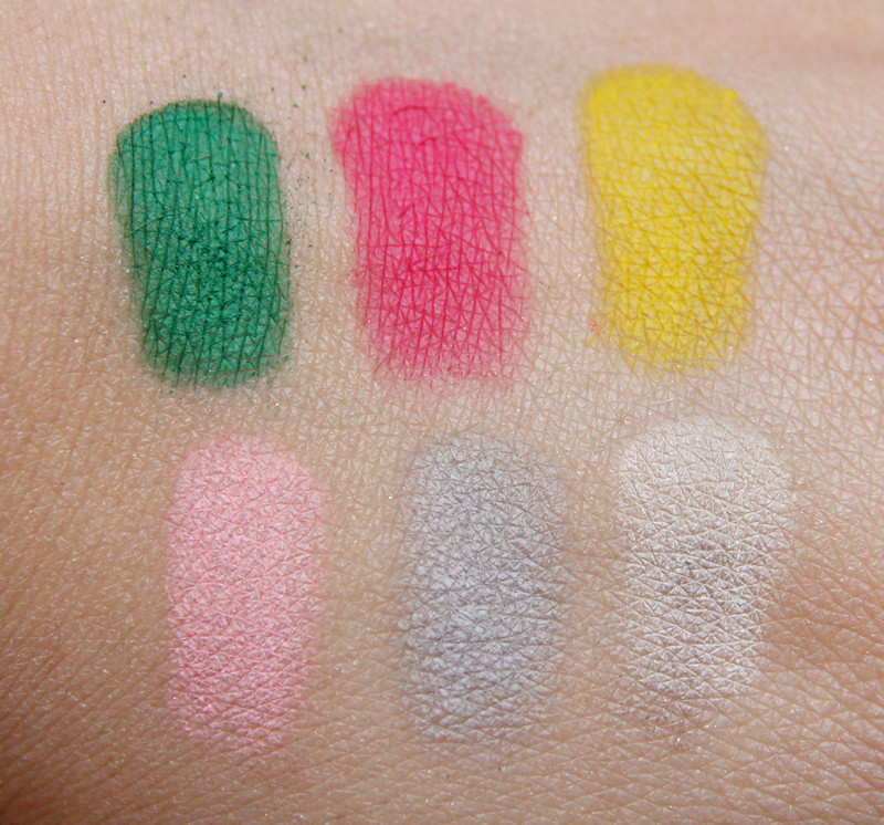 Sleek ultra mattes v1-brights swatch2