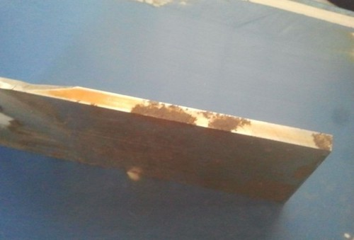 2 Then I began to cut and polish the steel plate according to iPhone5's dimensions.