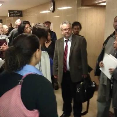 Paramount homeowners in Wayne County Circuit Court surrounding their Attorney Bob Day. The homeowners were sold houses on land contracts which were never registered. (Photo: Abayomi Azikiwe) by Pan-African News Wire File Photos