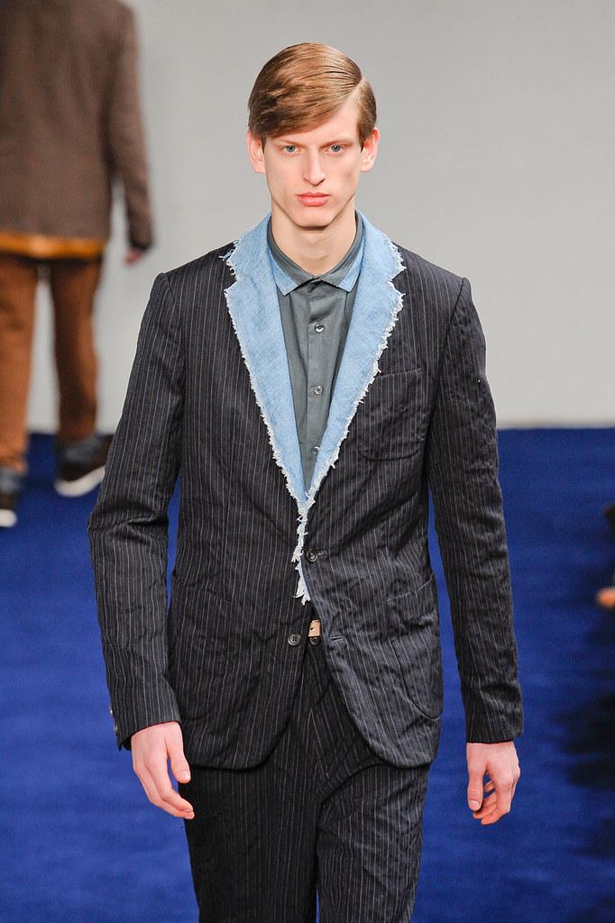 Stefan Lankreijer3019_2_FW12 Paris Kolo(fashionising.com)