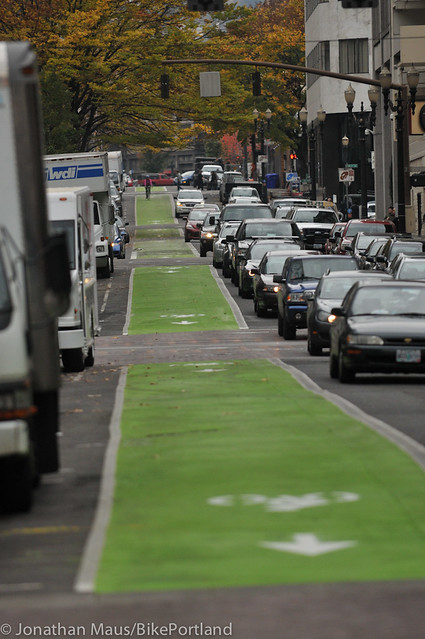 Green bike lanes Stark and Oak-2