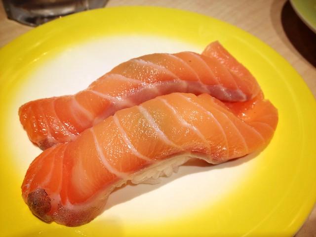 Big Salmon Nigiri Sushi, Ryoshi Sushi Ikeikemaru