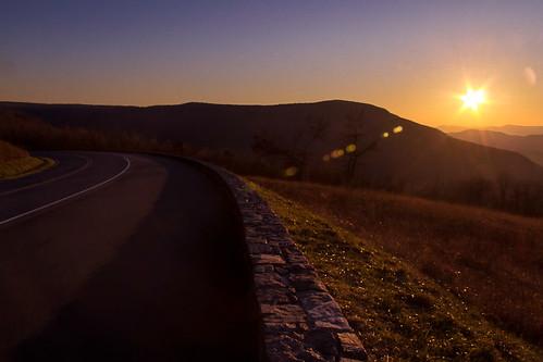 road uk sunset mountain virginia lensflare elkton skylinedrive shenandoahnationalpark canoneos60d efs18200mmf3556is